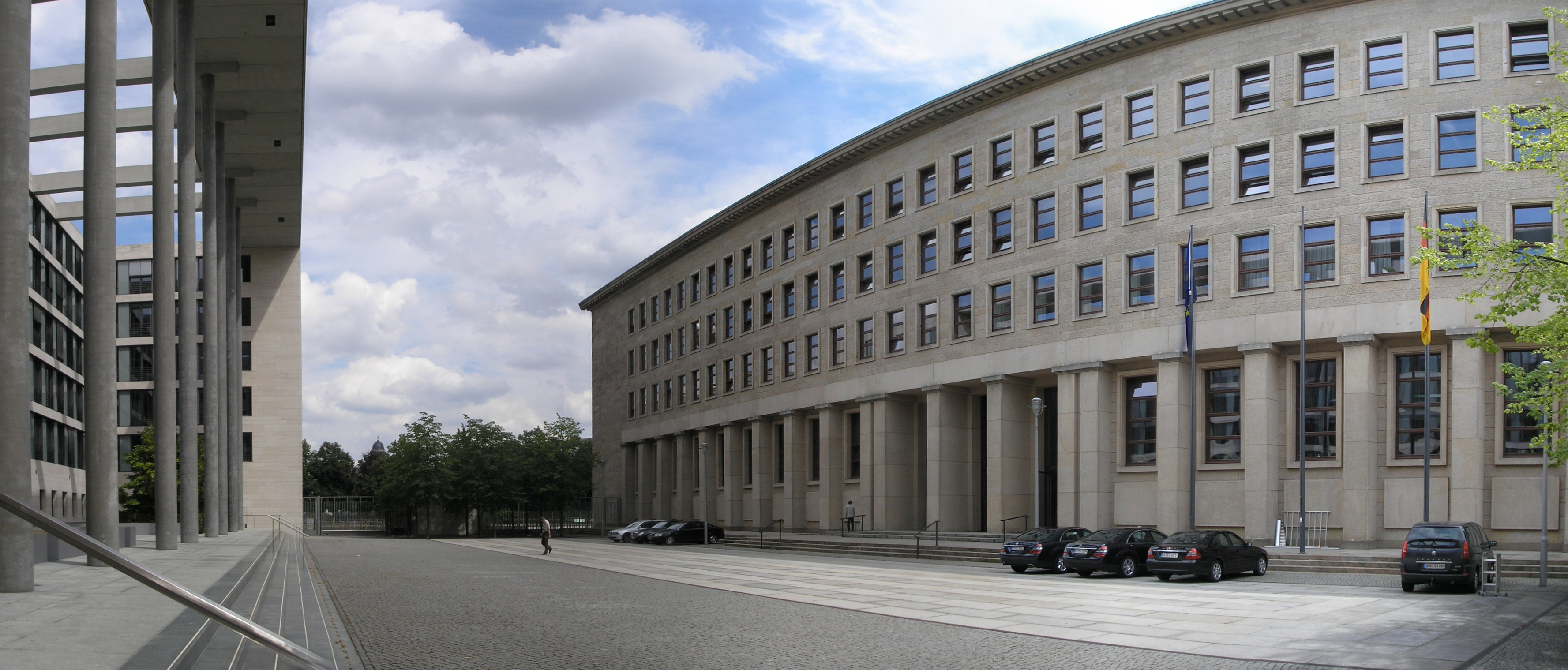 Foreign_Office_Berlin_2007_PHof